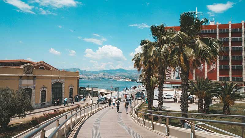 Измир 10 лучших мест для посещения в Турции 10 лучших мест для посещения в Турции Izmir