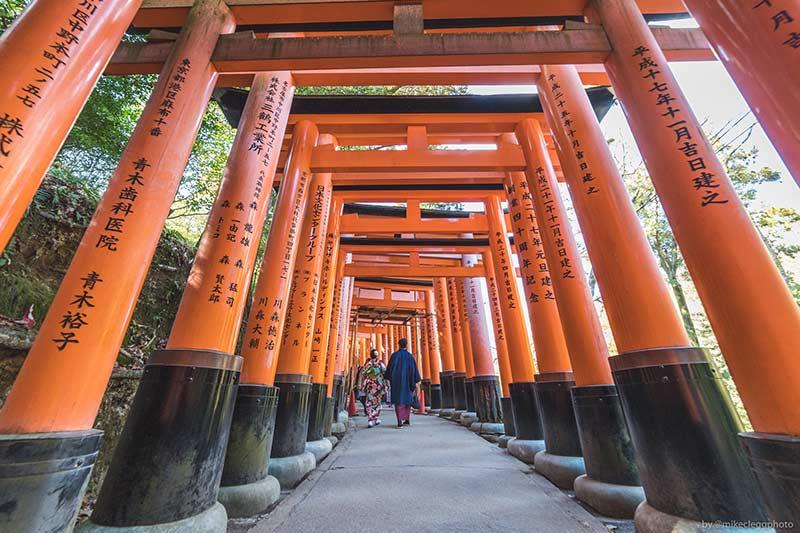 Киото - Фусими Инари Тайша Япония 10 лучших мест для посещения в Японии Kyoto Fushimi Inari Taisha
