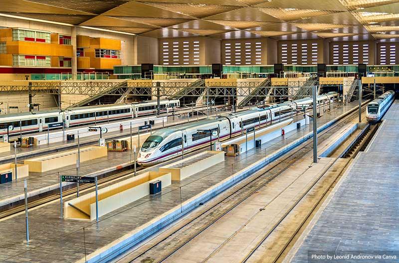 Железнодорожный вокзал в Испании 14 вещей, которые нужно знать перед посещением Испании 14 вещей, которые нужно знать перед посещением Испании Train Station in Spain