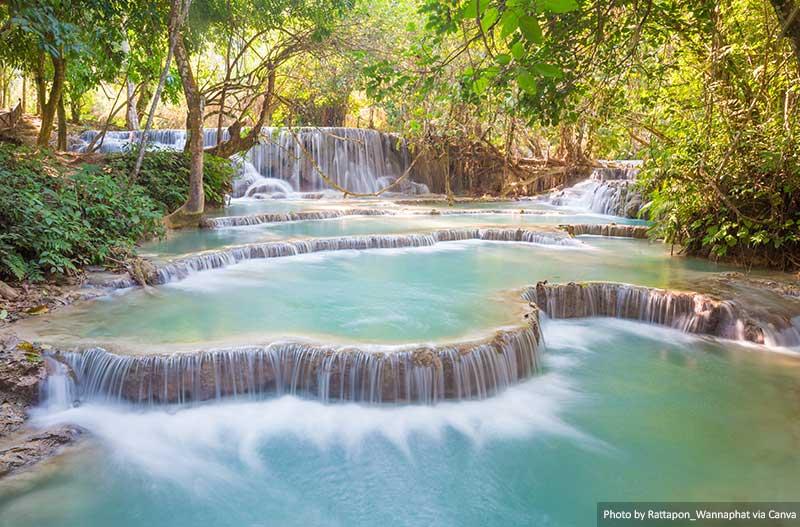 Водопад Куанг Си, Луангпрабанг места в Лаосе 10 лучших и самых красивых мест для посещения в Лаосе Kuang Si Waterfall Luang prabang