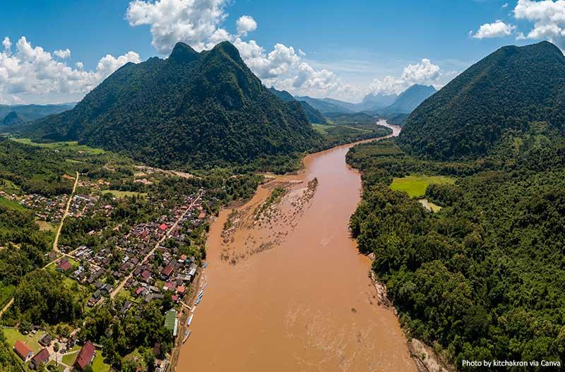 Муанг Нгой в Лаосе места в Лаосе 10 лучших и самых красивых мест для посещения в Лаосе Muang Ngoi in Laos