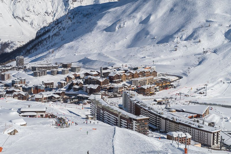Ski resorts and accommodation