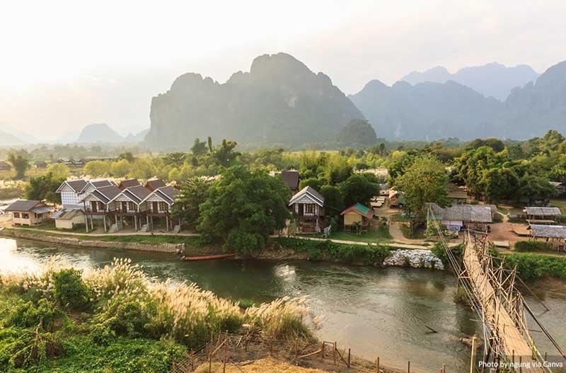Ванг Виенг, Лаос места в Лаосе 10 лучших и самых красивых мест для посещения в Лаосе Vang vieng Laos