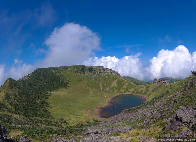 Hallasan Mountain Crater and Lake