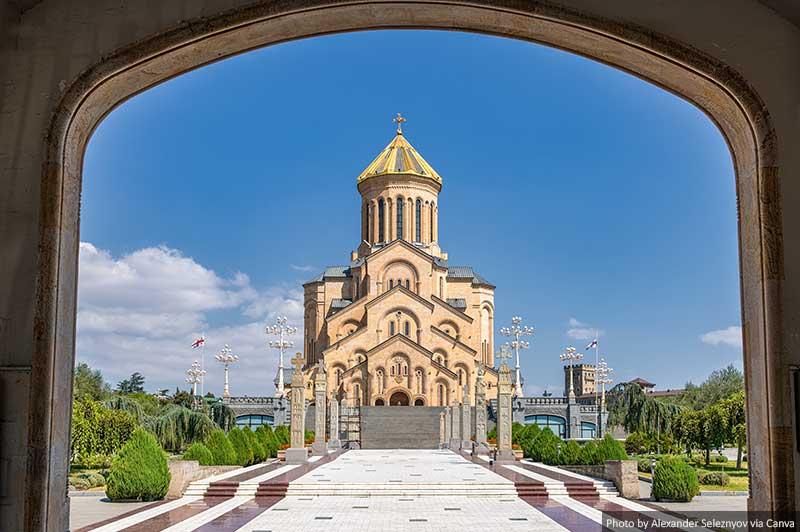 Cathédrale de la Sainte-Trinité de Tbilissi