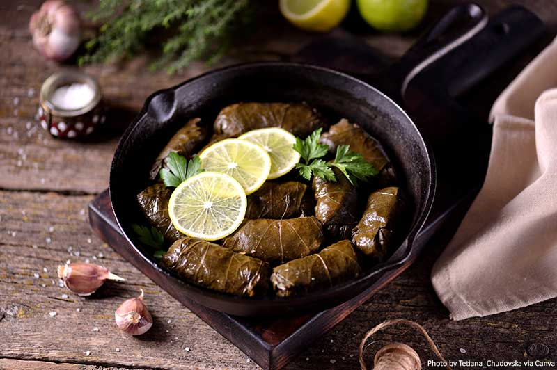 "Dolma ""width ="" 800 ""height ="" 532 ""srcset ="" https://www.travelanddestinations.com/wp-content/uploads/2020/02/Dolma.jpg 800w, https://www.travelanddestinations.com/ wp-content / uploads / 2020/02 / Dolma-300x200.jpg 300w, https://www.travelanddestinations.com/wp-content/uploads/2020/02/Dolma-768x511.jpg 768w, https: // www. travelanddestinations.com/wp-content/uploads/2020/02/Dolma-270x180.jpg 270w ""sizes ="" (maximum width: 800px) 100vw, 800px"