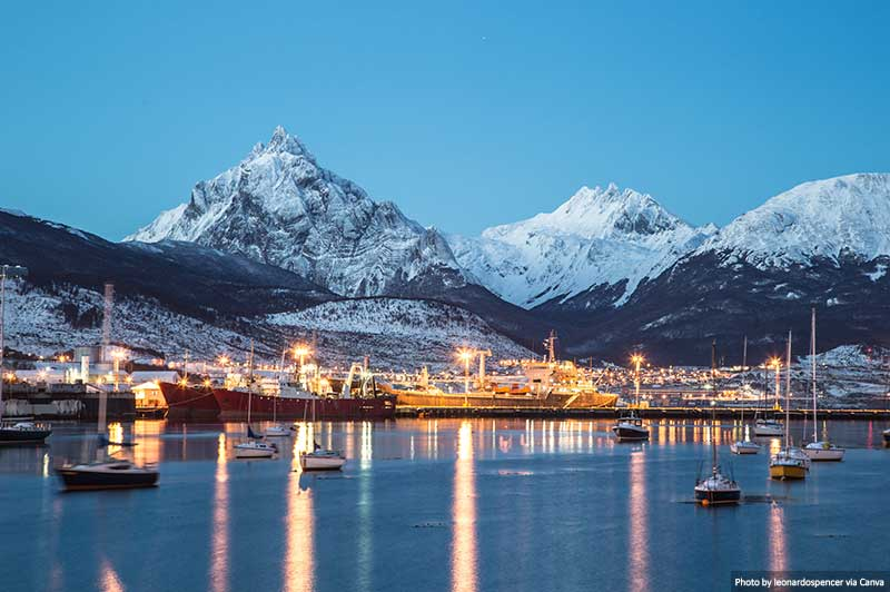 Ushuaia city at night