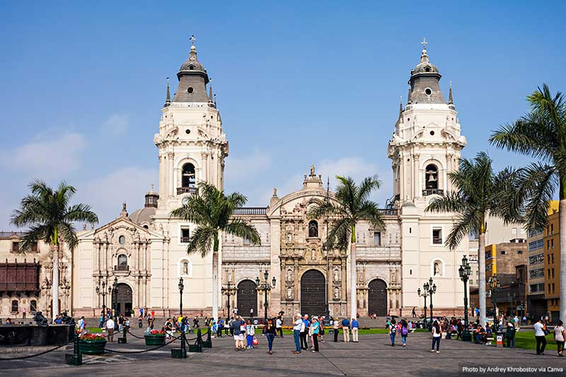 "Cathédrale de Lima ""width ="" 800 ""height ="" 534 ""srcset ="" https://www.travelanddestinations.com/wp-content/uploads/2020/05/Lima-Cathedral.jpg 800w, https: // www .travelanddestinations .com / wp-content / uploads / 2020/05 / Lima-Cathedral-300x200.jpg 300w, https://www.travelanddestinations.com/wp-content/uploads/2020/05/Lima-Cathedral-768x513. jpg 768w, https://www.travelanddestinations.com/wp-content/uploads/2020/05/Lima-Cathedral-270x180.jpg 270w, https://www.travelanddestinations.com/wp-content/uploads/2020/ 05 / Lima-Cathedral-770x515.jpg 770w ""size ="" [largeur maximale: 800px] 100vw, 800px"