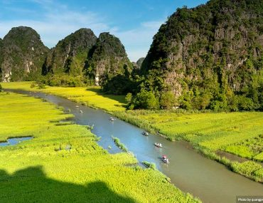 Majestic scenery on Ngo Dong river in Tam Coc Bich Dong