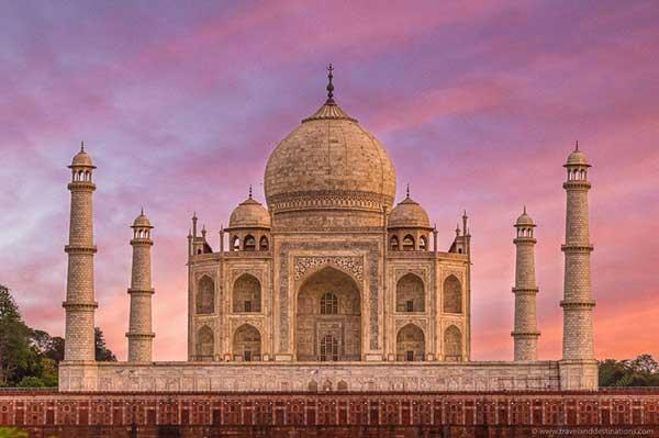 "Quiz-India-Landmark ""width ="" 600 ""height ="" 399 ""srcset ="" https://www.travelanddestinations.com/wp-content/uploads/2020/05/Quiz-India-Landmark.jpg 600w, https: //www.travelanddestinations.com/wp-content/uploads/2020/05/Quiz-India-Landmark-300x200.jpg 300w, https://www.travelanddestinations.com/wp-content/uploads/2020/05/Quiz -India-Landmark-270x180.jpg 270w ""sizes ="" (maximum width: 600px) 100vw, 600px"