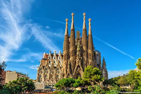 "Quiz-Sagrada-Familia ""width ="" 600 ""height ="" 400 ""srcset ="" https://www.travelanddestinations.com/wp-content/uploads/2020/05/Quiz-Sagrada-Familia.jpg 600w, https: //www.travelanddestinations.com/wp-content/uploads/2020/05/Quiz-Sagrada-Familia-300x200.jpg 300w, https://www.travelanddestinations.com/wp-content/uploads/2020/05/Quiz -Sagrada-Familia-270x180.jpg 270w ""sizes ="" (maximum width: 600px) 100vw, 600px"