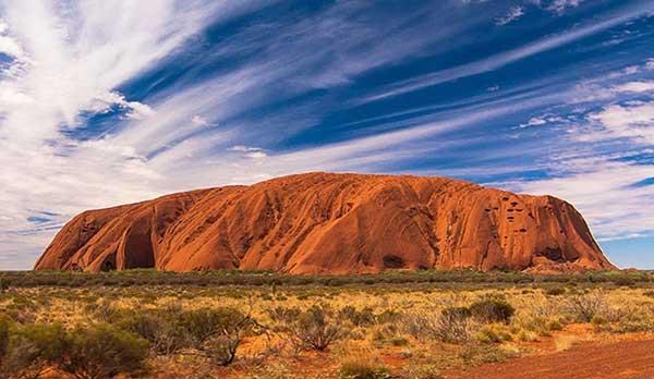 "Test - Uluru monument ""width ="" 600 ""height ="" 348 ""srcset ="" https://www.travelanddestinations.com/wp-content/uploads/2020/05/Quiz-Uluru-Monument.jpg 600w, https: //www.travelanddestinations.com/wp-content/uploads/2020/05/Quiz-Uluru-Monument-300x174.jpg 300w ""sizes ="" (maximum width: 600px) 100vw, 600px"