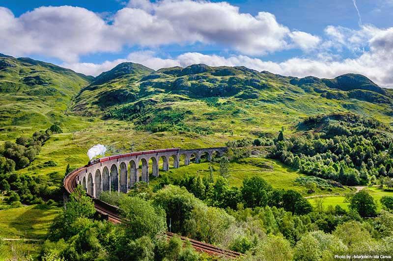 """Viaduc de Gryffinnan-Écosse West Highland Line """"width ="""" 800 """"height ="""" 532 """"srcset ="""" https://www.travelanddestinations.com/wp-content/uploads/2020/05/The-Glenfinnan-Viaduct- West -Highland-Line-in-Scotland.jpg 800w, https://www.travelanddestinations.com/wp-content/uploads/2020/05/The-Glenfinnan-Viaduct-West-Highland-Line-in-Scotland-300x200 . jpg 300w, https://www.travelanddestinations.com/wp-content/uploads/2020/05/The-Glenfinnan-Viaduct-West-Highland-Line-in-Scotland-768x511.jpg 768w, https: // www. travelanddestinations.com/wp-content/uploads/2020/05/The-Glenfinnan-Viaduct-West-Highland-Line-in-Scotland-270x180.jpg 270w """"size ="""" [largeur max: 800px] 100vw, 800px"""
