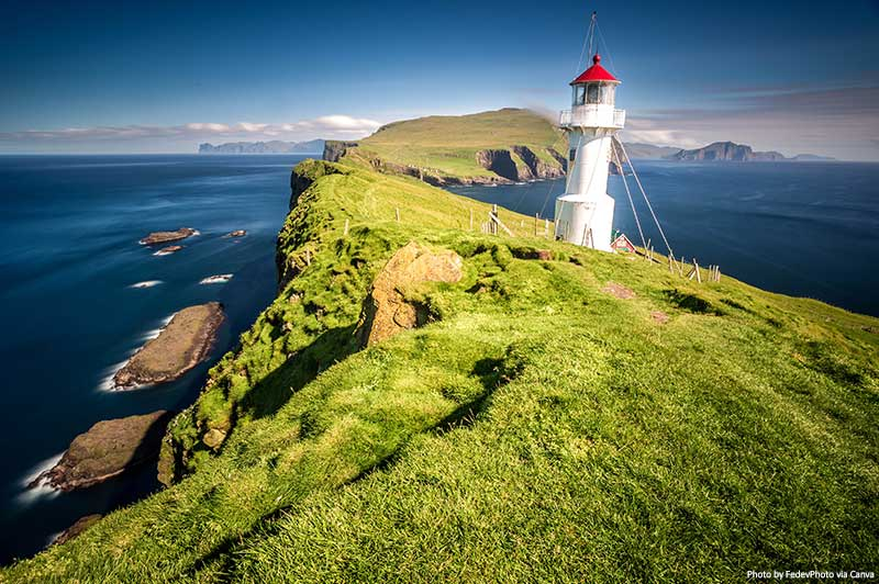 Lighthouse on Mykines, Faroe islands