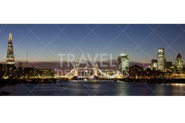 London skyline panoramic at night