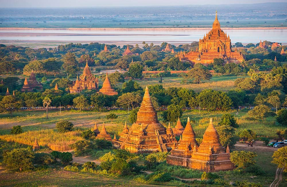Bagan temples and landscape