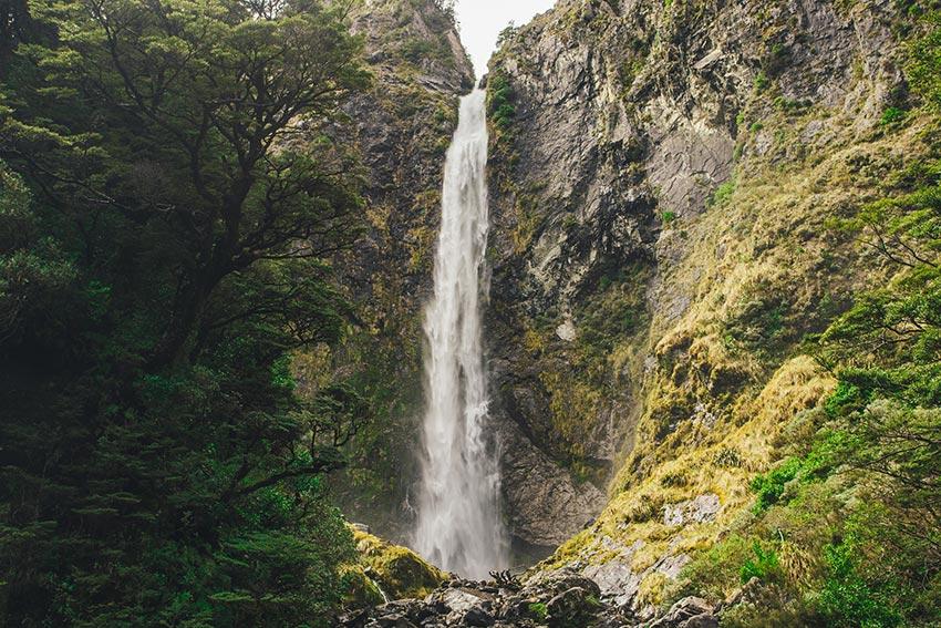 Devil's Punchbowl Waterfall, NZ