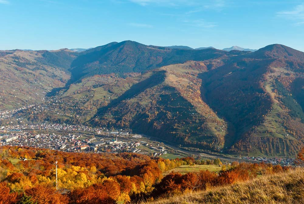 Rakhiv and mountains