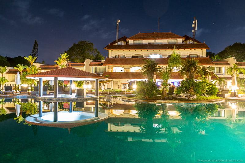 Luxury hotel in Kerala